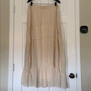 TORRID Long Lined Cream Boho Skirt Lace Size 1